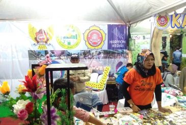 Kampung Dolanan juga hadir di Festival Mahakarya Kota Kediri